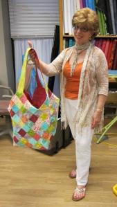 Bonnie did a fantastic job on her Mondo Bag!